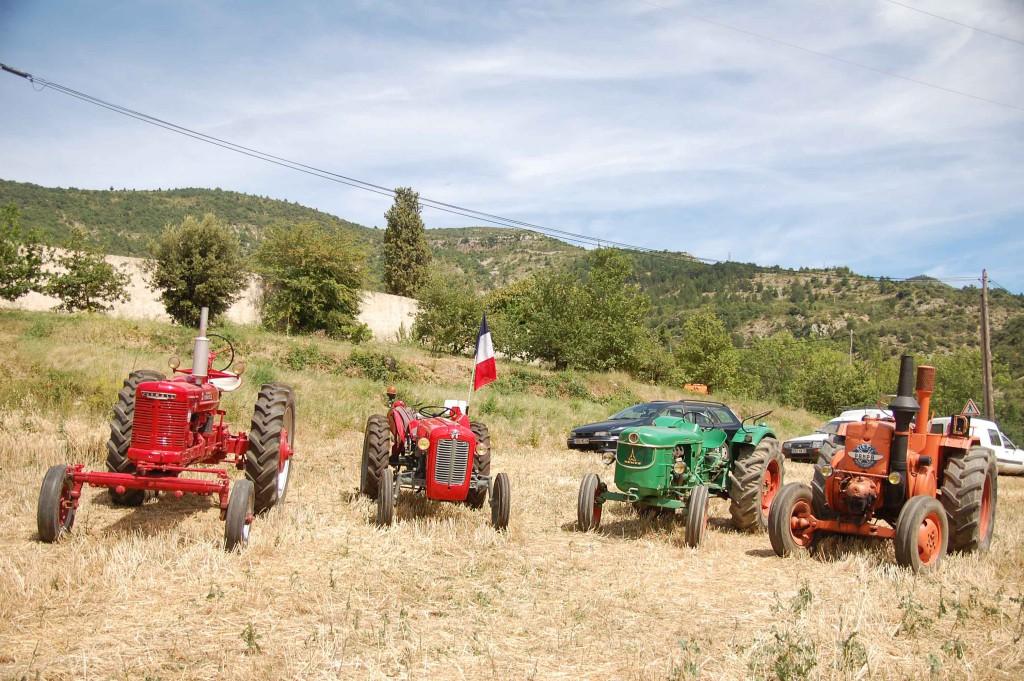 Fête des traditions - Les tracteurs anciens