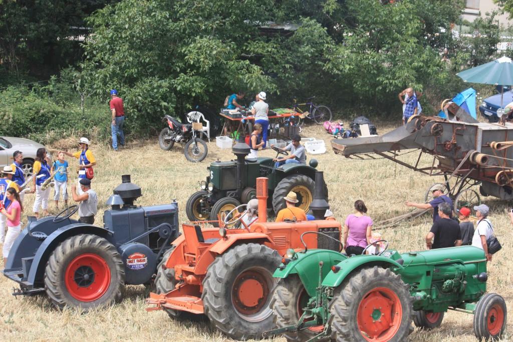 Fête des traditions - Démonstration de tracteur
